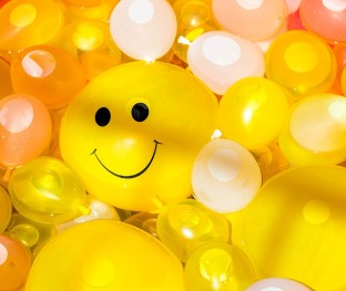 Smiling Smile Balloon Fun Happy Summer Cheerful